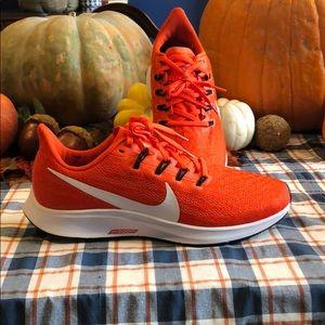 NIB W Nike Air Zoom Pegasus 36